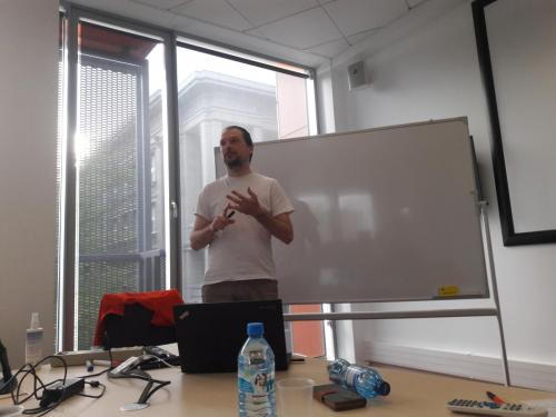 Life's a pitch - dr hab. Piotr Wasylczyk